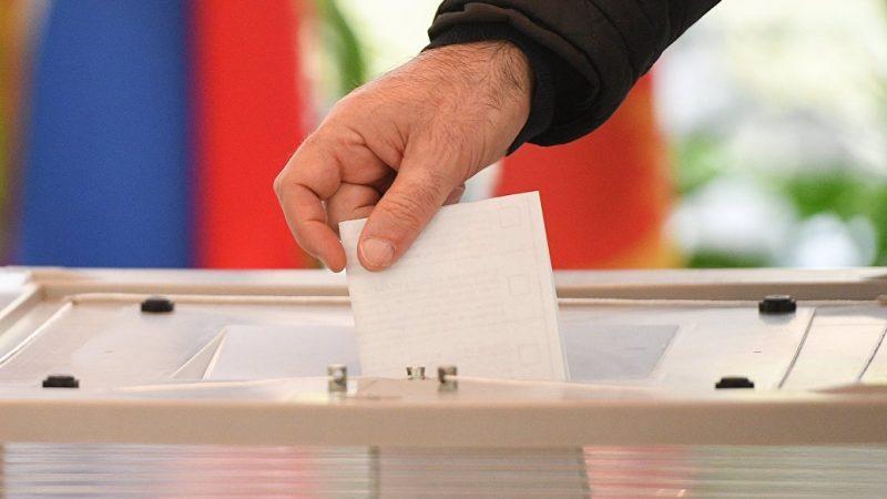 В России создается двухпартийная система. Прогноз на выборы в Госдуму