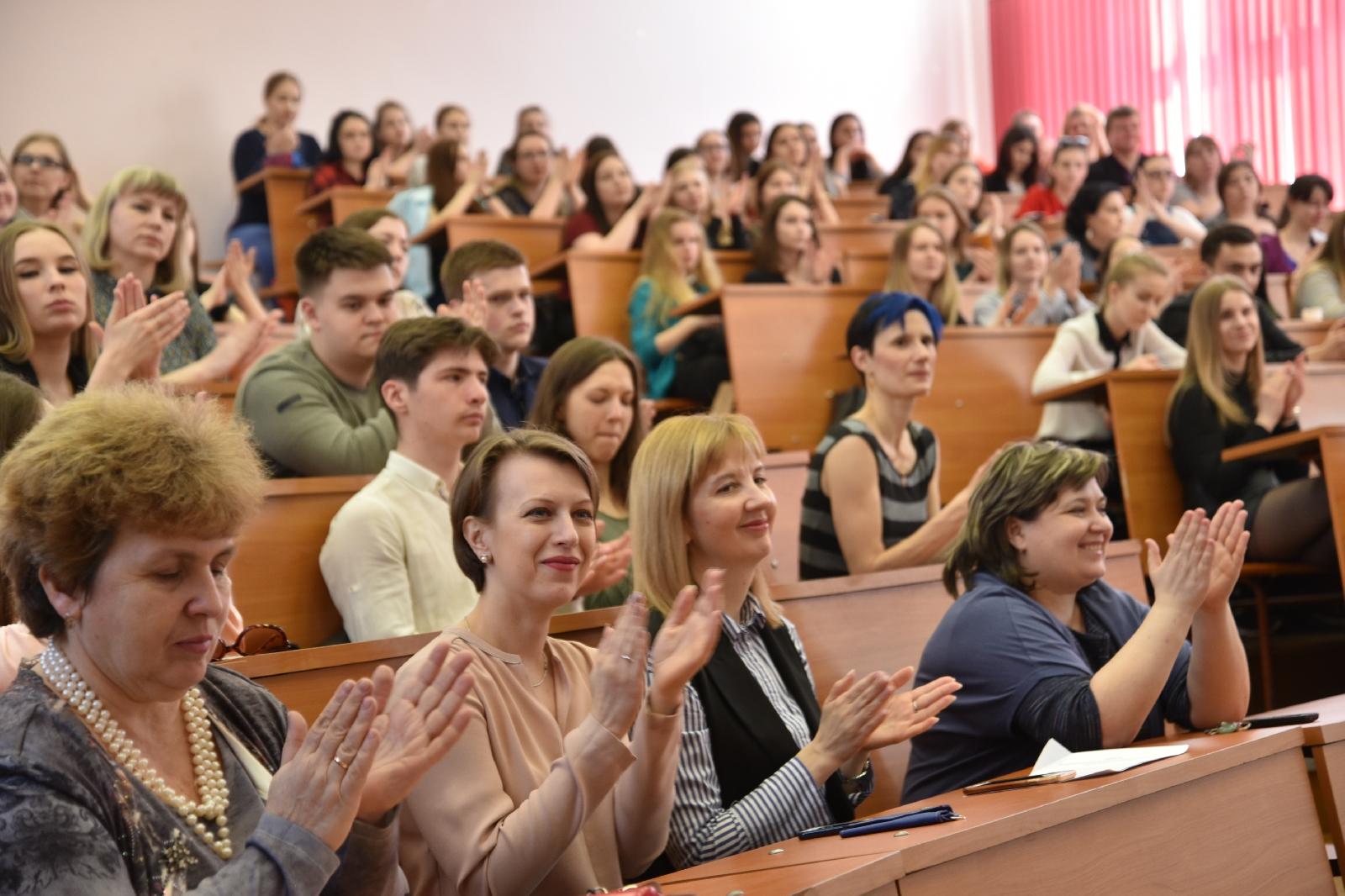 Педагогов готовить отдельно: Грядет разукрупнение региональных университетов
