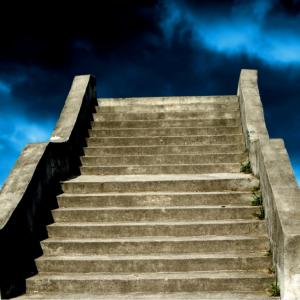 Дорога к храму: о сенаторах, благотворителях и благонамеренных