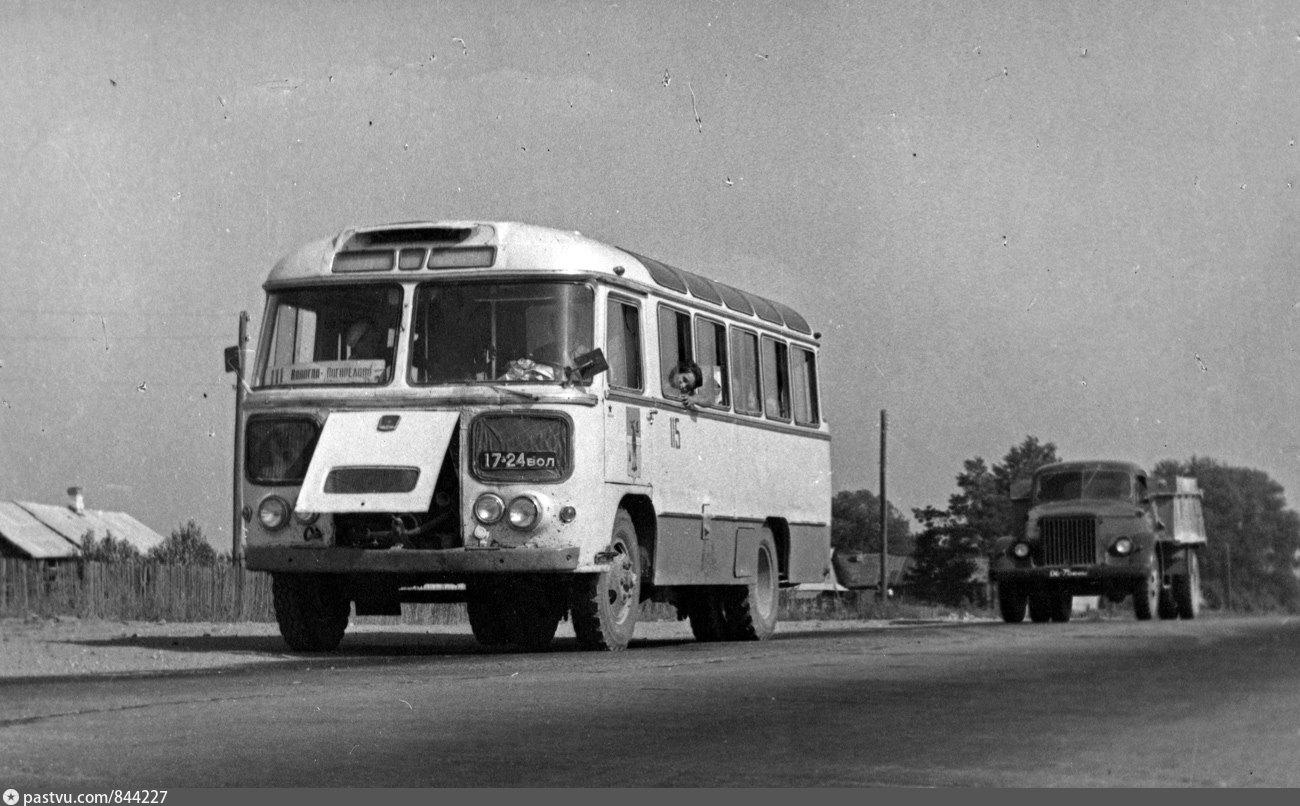 """Рейс """"Сурск-Асеевская"""" – кто последний на автобус?"""