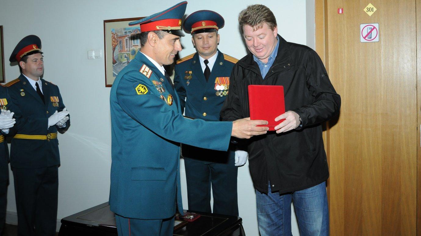 Пензец и Почётный нефтяник Чернов