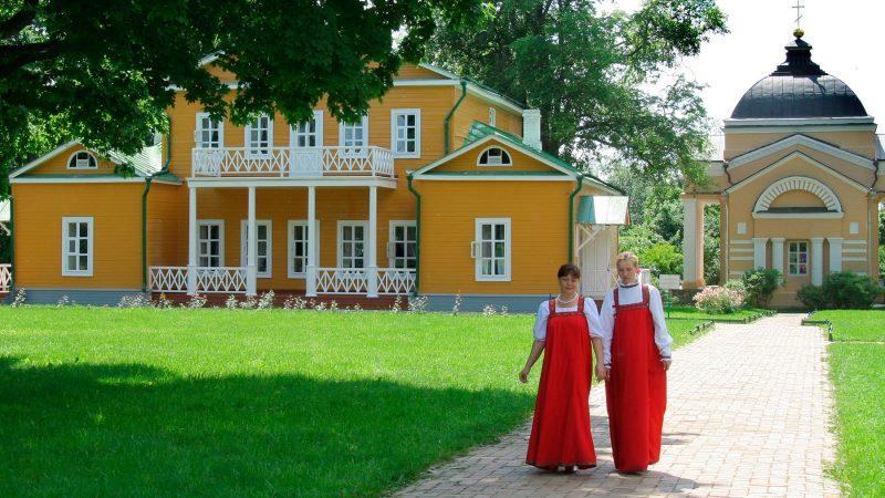 Свежие страсти буртасского туризма: Загоскин, Толстой и Тарханские сортиры