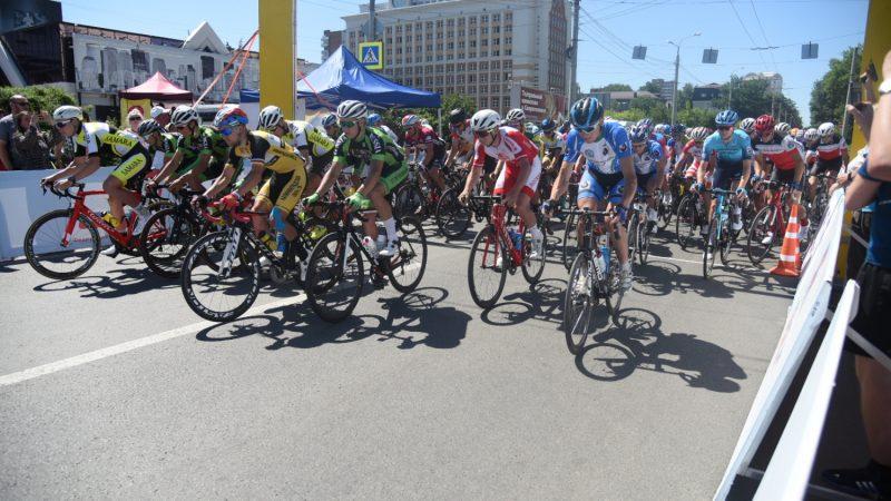 Велогонки  в Пензе. Это наш велосипед  – жопа едет, ноги нет!